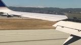 Такое увидишь нечасто! Два пассажирских самолета одновременно заходят на посадку