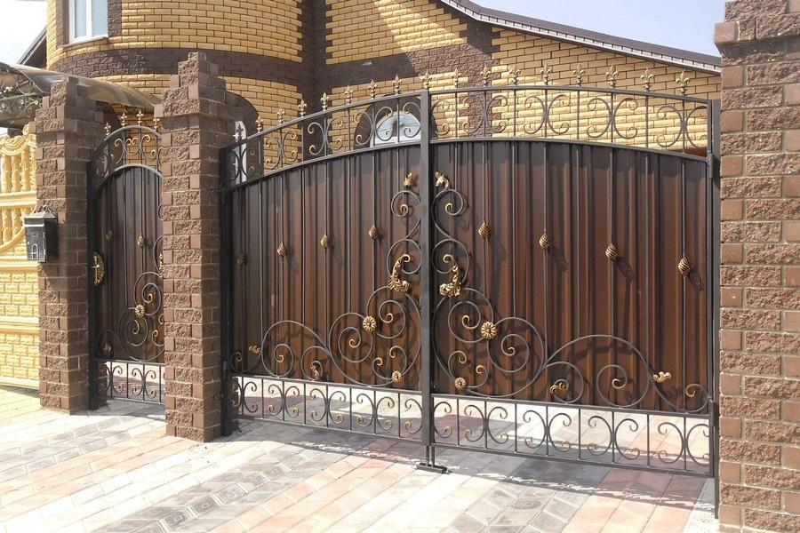 Ворота калитки заборы с элементами холодной ковки