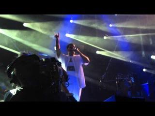 Шон и Дрейк исполняют All Me на фестивале OVO 2013