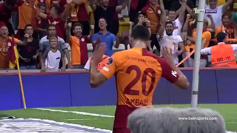 Spiker Melih Şendil Hocam takım 5-0 önde pres yapan Galatasaraylılar birbiri ile çarpışıyor rakip yarı alanda