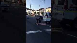 Detenida en Lepe por ponerse a bailar en bikini tras un accidente de tráfico