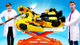 Роботы Трансформеры в видео шоу – Как починить Автобота Бамблби? - Смешные видео игры доктор