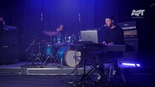 Soul Kitchen (live in MIK studio)