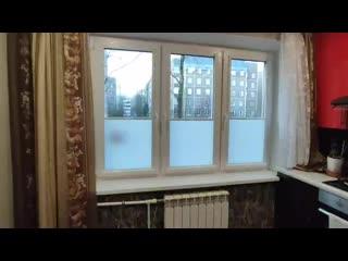 Рулонные шторы снизу-вверх с пружиной на окна ПВХ. Производство компания SVIL.