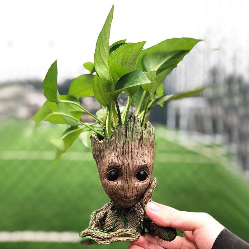 Очаровательный плантатор в виде малыша Грута -