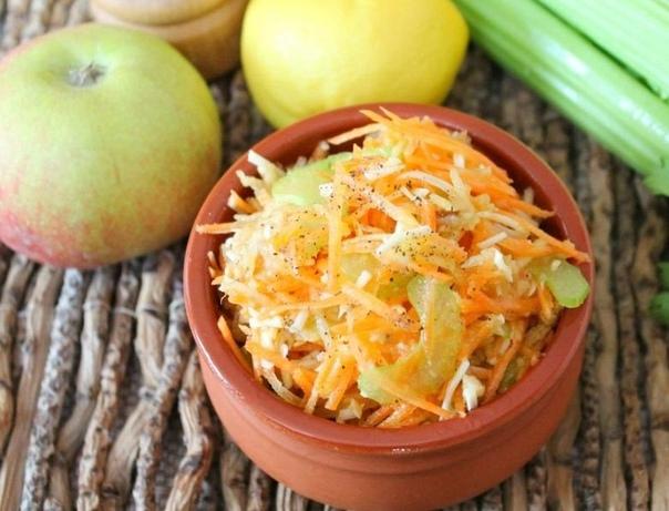 Салат с морковью, сельдереем и сыром    Ингредиенты:...
