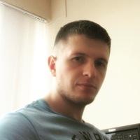 Денис Усов