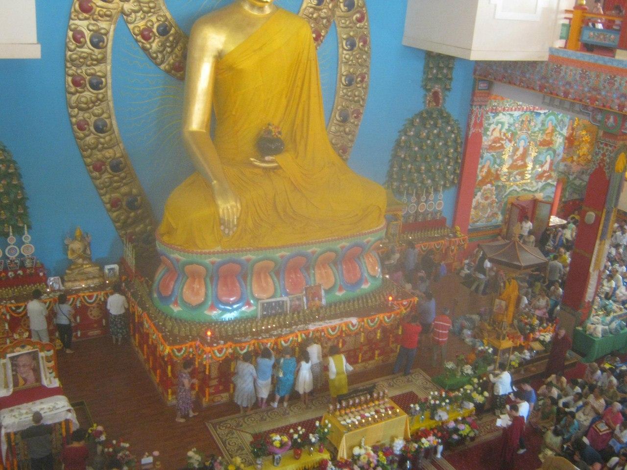 Рабство у буддистов