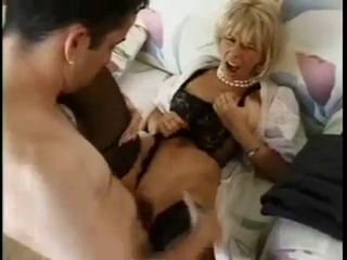 Мамочка Застукала Порно Онлайн