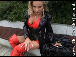 Lady heike in red lack boots