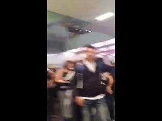 [FANCAM] 141028 Mexico Airport