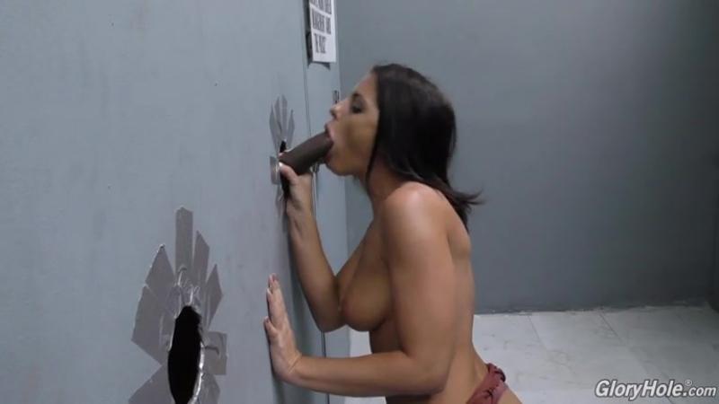Adriana Chechik 5
