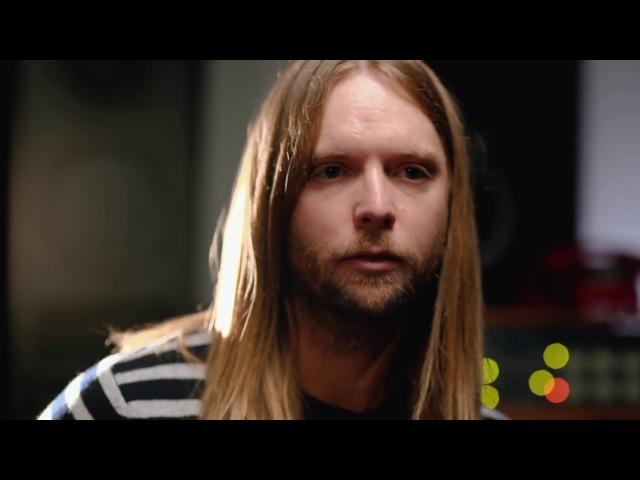 Джеймс Валентайн гитарист Maroon 5 и его новая гитара Ernie Ball Music Man Valentine РУС перевод