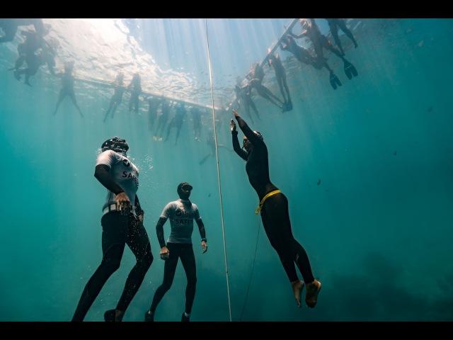 The Dive the first World Record for Japan by Sayuri Kinoshita