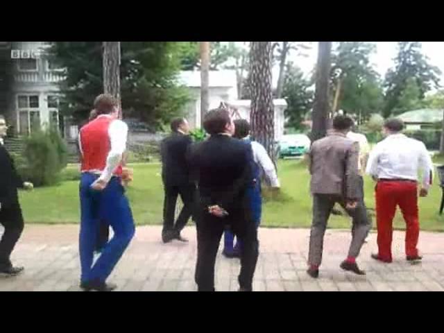 Пародию на танец Медведева убрали из эфира BBC Russian