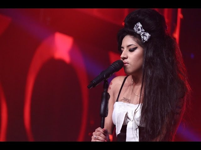 Amy Winehouse realizó una gran presentación con 'Back to Black'