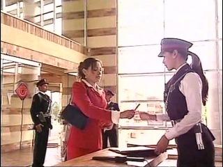 Дора на страже порядка Dora la celadora 001