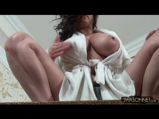 Ewa sonnet hard nipples ( milf milk wet pussy big tits busty suck blowjob brazzers kink porn anal мамка модель сосет )