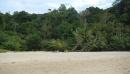 Small sandy beach в заповеднике Khao Lak Lamru