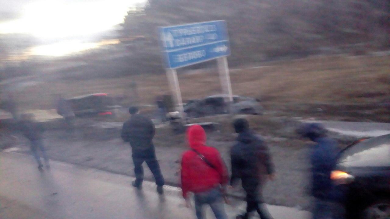 gYfJIJwwKow - На трассе Гурьевск Белово, недалеко от третьего микрорайона, произошла авария,