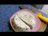 Адыгейский сыр дома с паприкой и зеленью