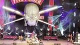 Five Finger Death Punch - Wrong Side of Heaven &amp I Refuse (live 2018)