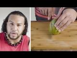 50 людей, пытающихся разрезать манго