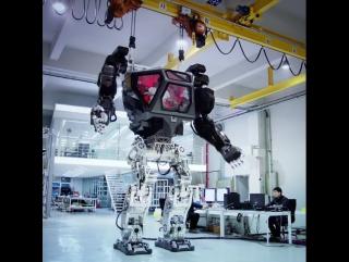 Испытание человекоподобного робота в Южнои Корее