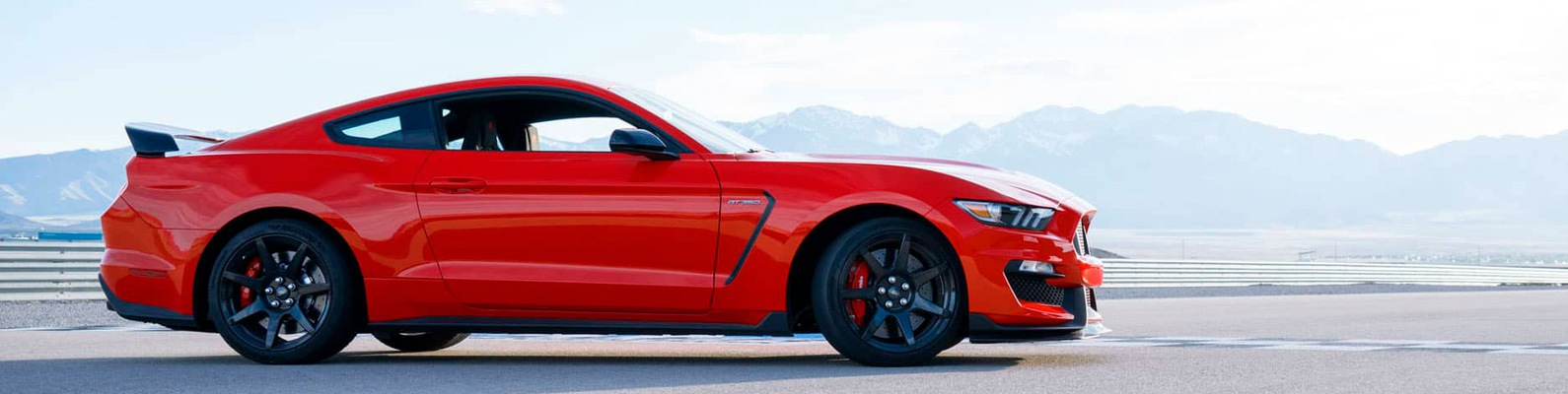 marketing mix of ford mustang The marketing strategy of ford motor - free download as word doc (doc), pdf file (pdf), text file (txt) or read online for free assembling the marketing mix.