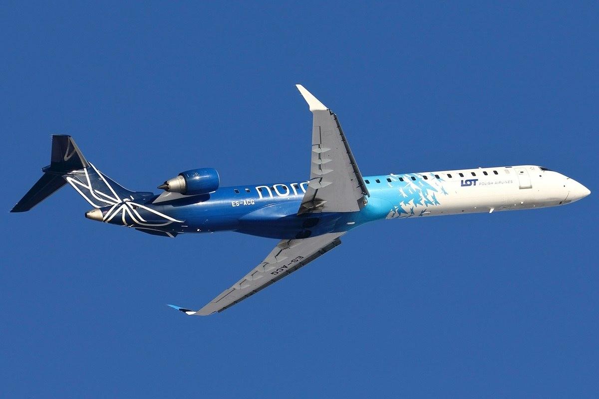 Canadair эстонского перевозчика выполняет регулярный рейс