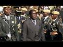 """Zimbabwe: le village natal de Mugabe regrette le départ du pouvoir de """"l'enfant du pays"""""""