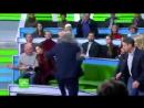 В прямом эфире телеведущий НТВ подрался с гостем студии