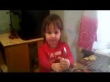 Дочка поёт песню о маме)) Моя гордость зашкаливает)))