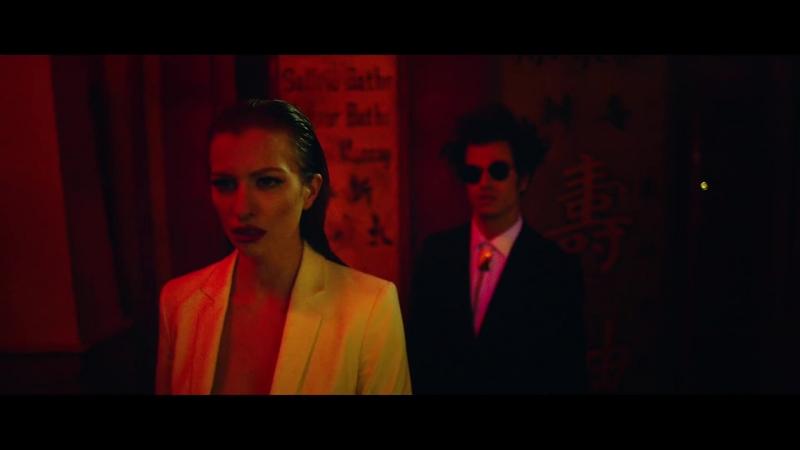 Redlight feat. ASTR - Me You (Official Music Video) || клубные видеоклипы