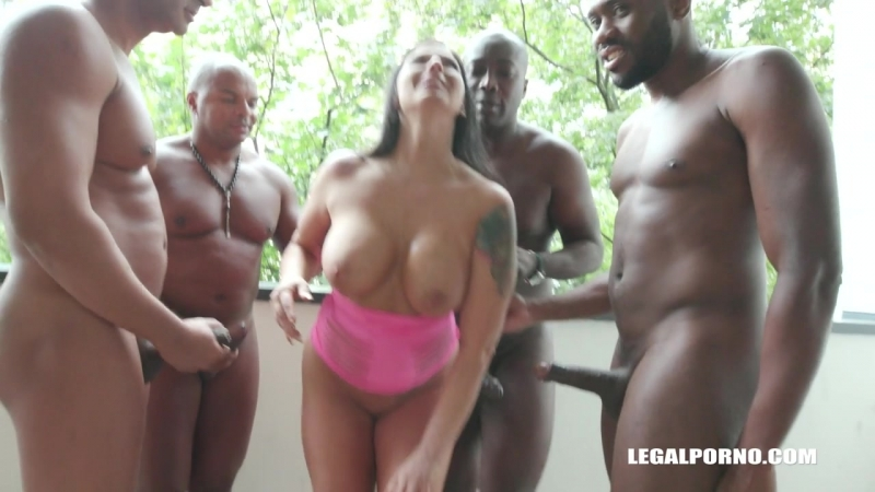 Simony Diamond ( Busty bitch Simony comes to receive black cocks in all her holes IV190) 2018, Gangbang,
