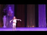 Выступление студии танца