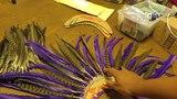 DIY Mini Carnival Feather Collar