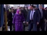 Думаешь бабушка из метро выходит - ан нет, - королева Великобритании с супругом принцем Филиппом