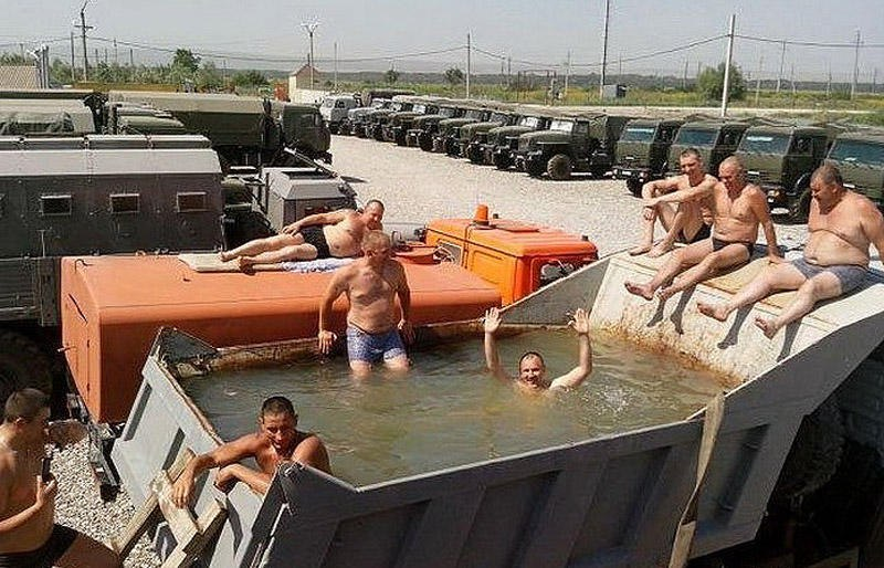 Это Россия, детка! Фотоприколы со всех концов России. Фото суровой российской действительности.