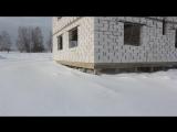 Дом из газобетона, построен на сваях с обвязкой ростверком