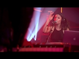 Lorde - Yellow Flicker Beat Live Lounge
