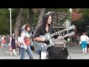 Крутой чувак с двугрифовой гитарой Геленджик