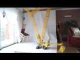 Огромный кран с Lego может перемещать мебель