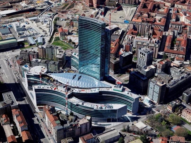 Прогулки по современному Милану, изображение №5