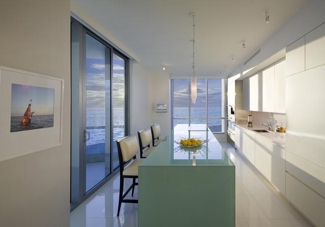 Как расставить мебель в длинной и узкой комнате, изображение №3