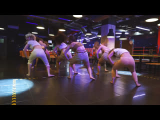 Dancehall female by olya bambitta//yu-ron - на максимум //collaboration jamaican dance & russian music