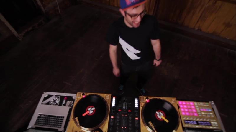 DJ Shiftee ^ Native Instruments^ AsiaBong