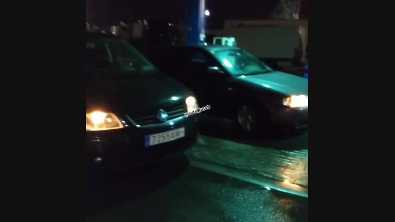 Відправили ще 4 авто в Україну