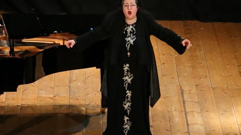 Astrea Amaduzzi sings Pace, mio Dio from Verdi's La forza del destino - Teatro di Loreto, Live 2016