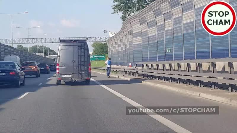 Hulajnogą elektryczną po drodze ekspresowej S8 254 Wasze Filmy